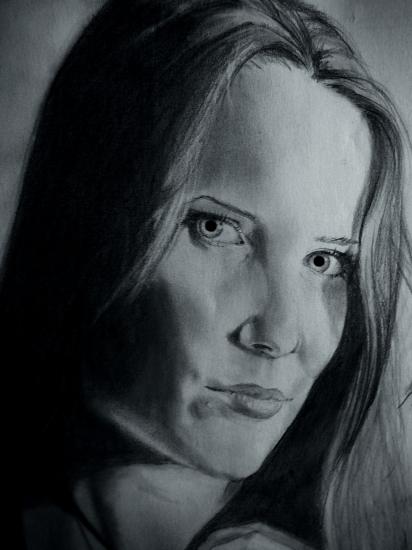 Simone Simons by dust